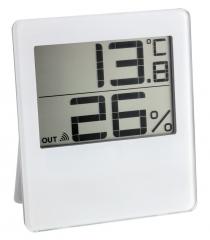 Digital thermohygrometer with remote sensor